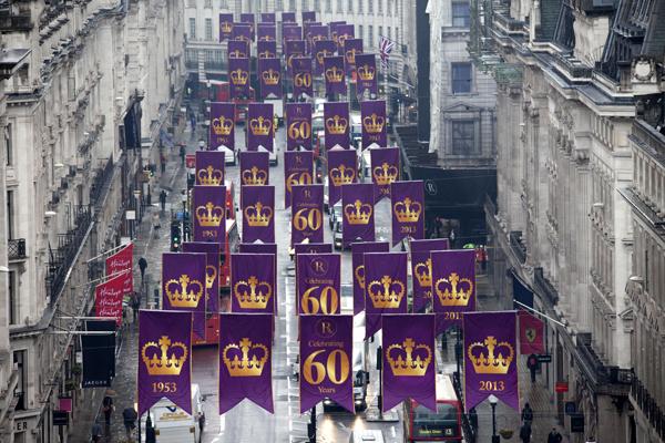 Regent-Street-turns-purple-to-celebrate-The-Queen's-Coronation-