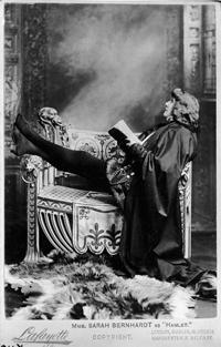 Sarah_Bernhardt_by_Lafayette_Ltd_1899_c__Victoria_and_Albert_Museum_London__