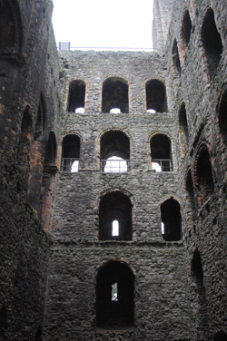 Rochester-Castle2