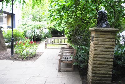 Seething-Lane-Garden