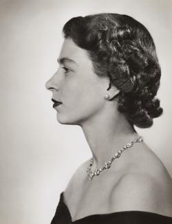 Dorothy-Wilding-1952