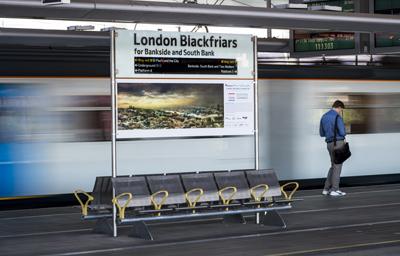 Photo-exhibition-at-Blackfriars-station