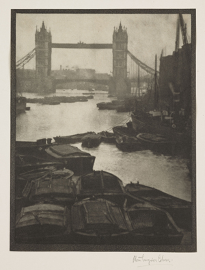 Tower_Bridge_1910_Alvin_Langdon_Coburn