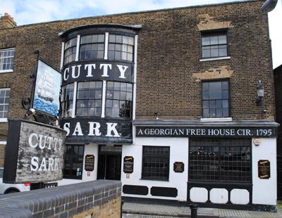 Cutty-Sark-pub