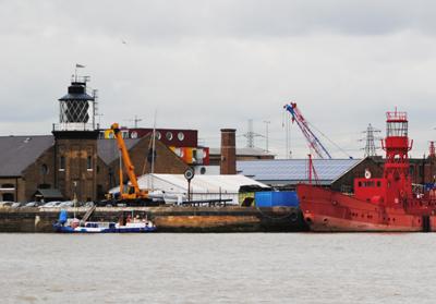 trinity-buoy-wharf-lighthouse
